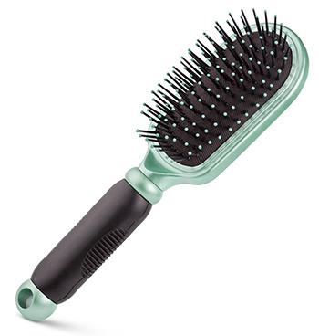 hairbrush-white-bg