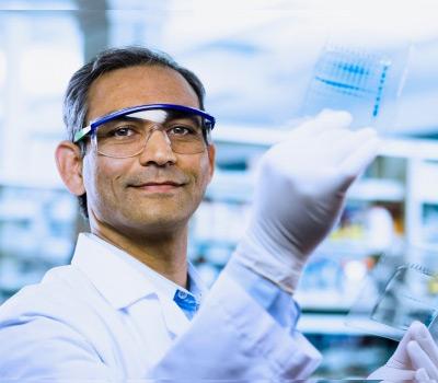 Picture of lab chemist.
